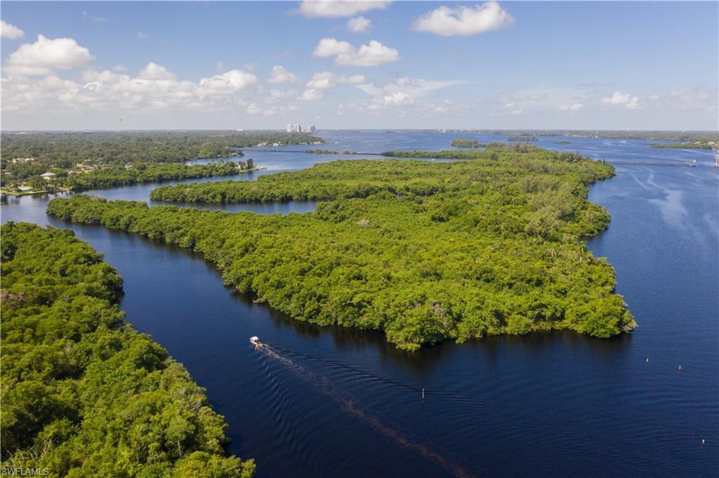 5 Beautiful Island Property Photo 1