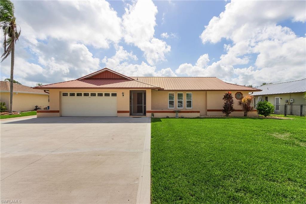 7219 Reymoor Drive Property Photo 1