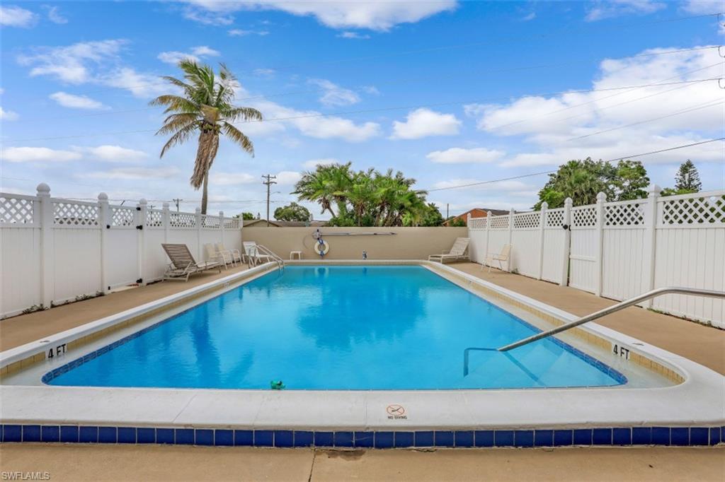 Coralee Condo Real Estate Listings Main Image