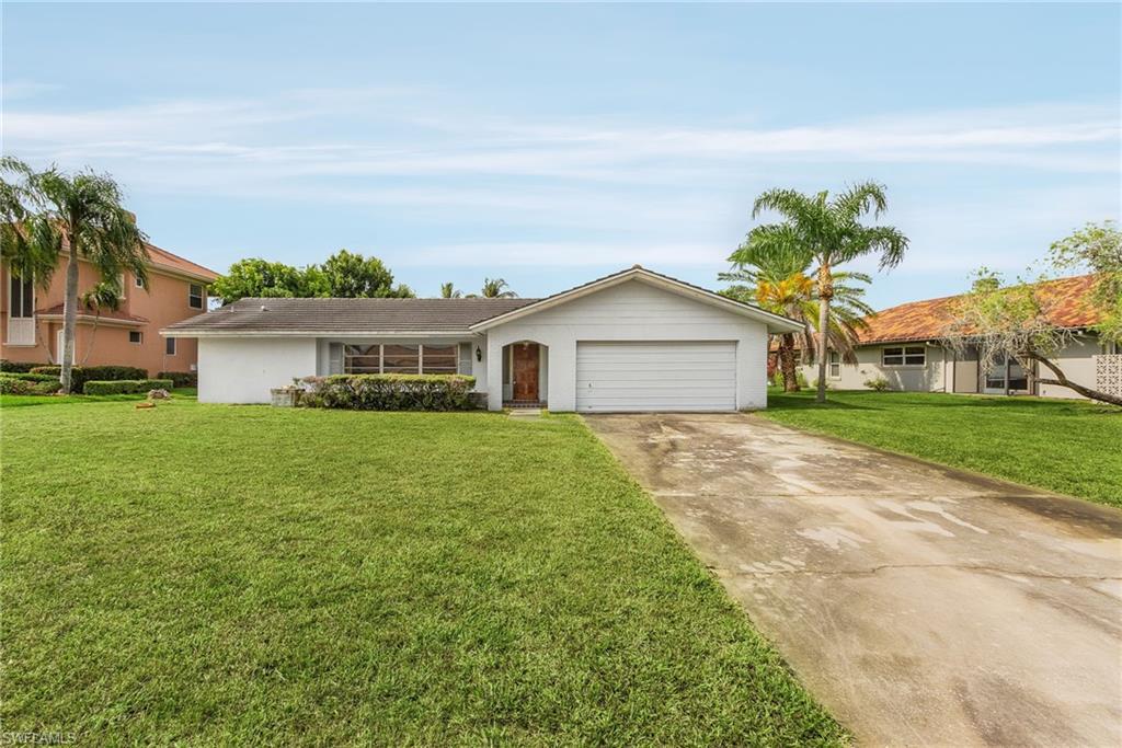 813 Cal Cove Drive Property Photo 1