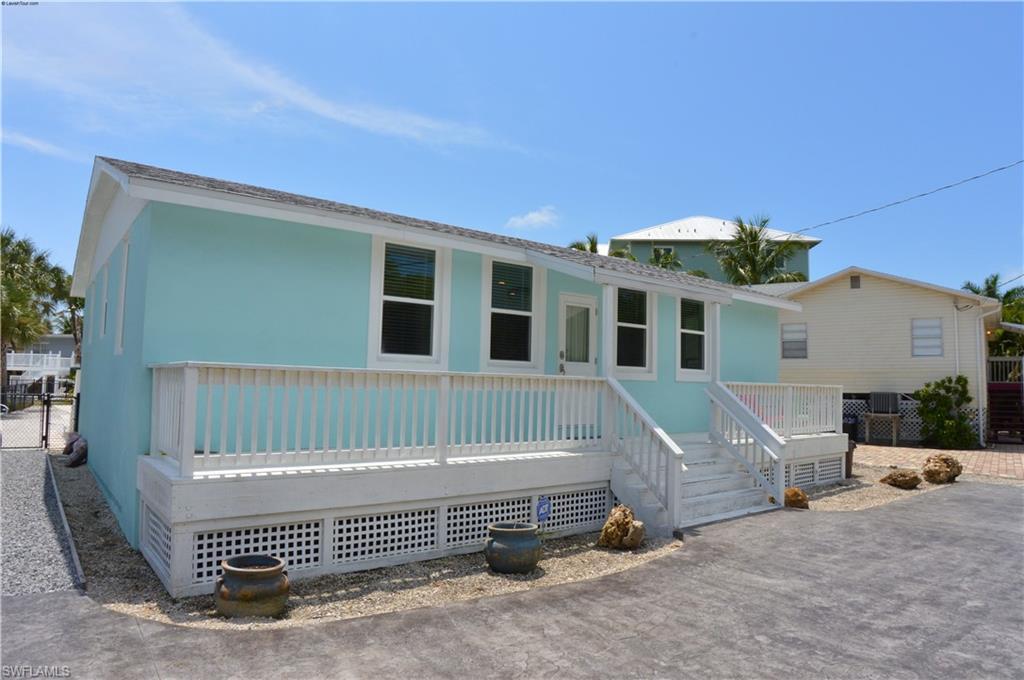 6030 Estero Blvd Property Photo