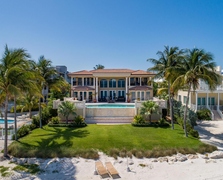 841 W Ocean Drive Property Photo 1