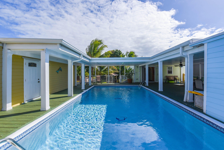 240 Kings Cove Road Property Photo 1
