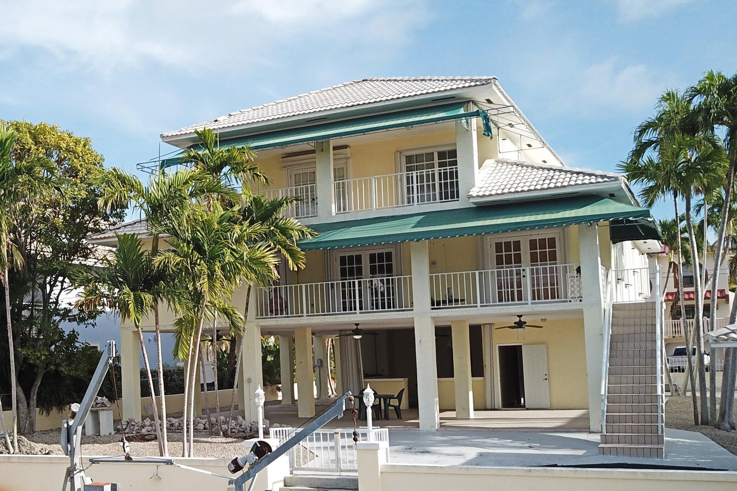 418 Laguna Avenue Property Photo 1