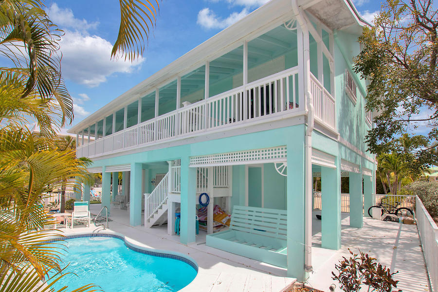 1330 Ocean Drive Property Photo 1