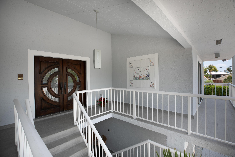 437 Laguna Avenue Property Photo 12