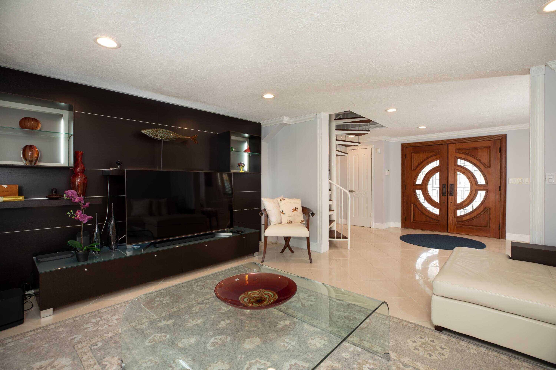 437 Laguna Avenue Property Photo 14