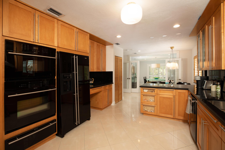 437 Laguna Avenue Property Photo 17
