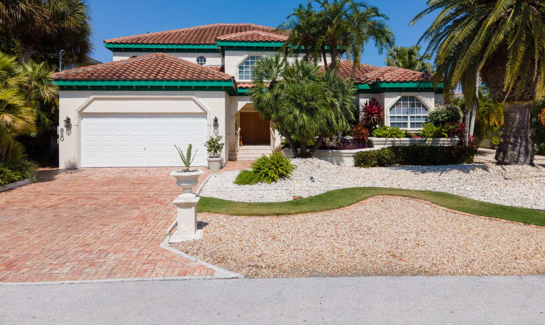 820 12th Street Property Photo 1