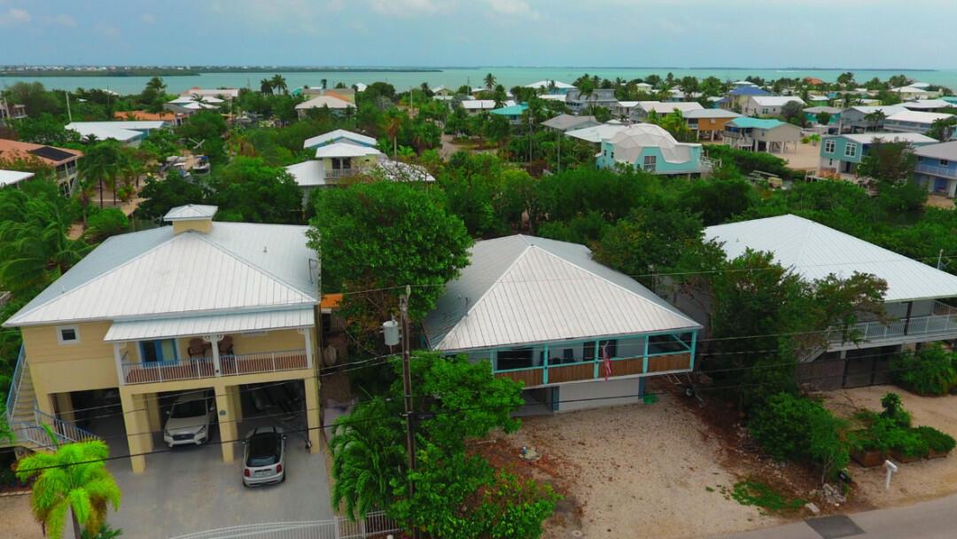 663 Indies Road Property Photo 1