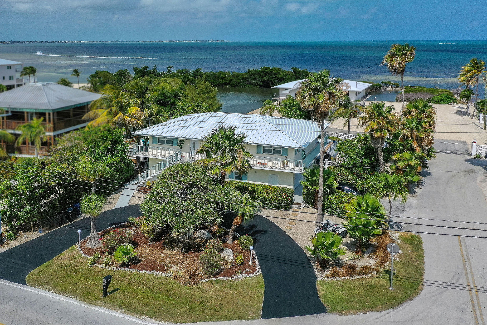 576 Sombrero Beach Road Property Photo 1