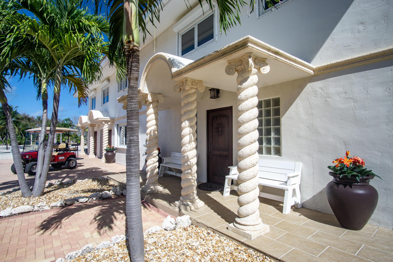 208 W Seaview Circle Property Photo 7