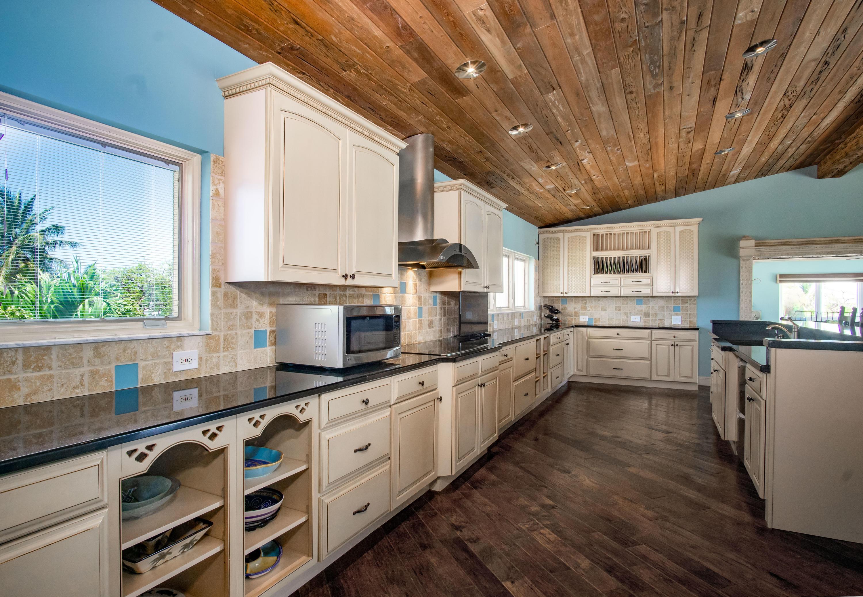 208 W Seaview Circle Property Photo 13