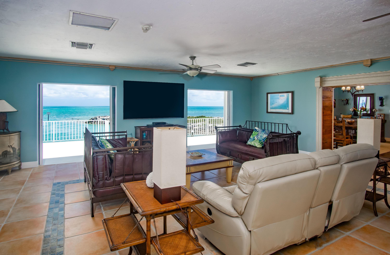 208 W Seaview Circle Property Photo 19