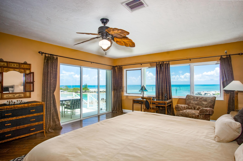 208 W Seaview Circle Property Photo 22