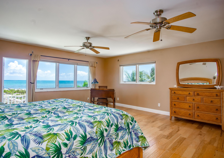 208 W Seaview Circle Property Photo 25