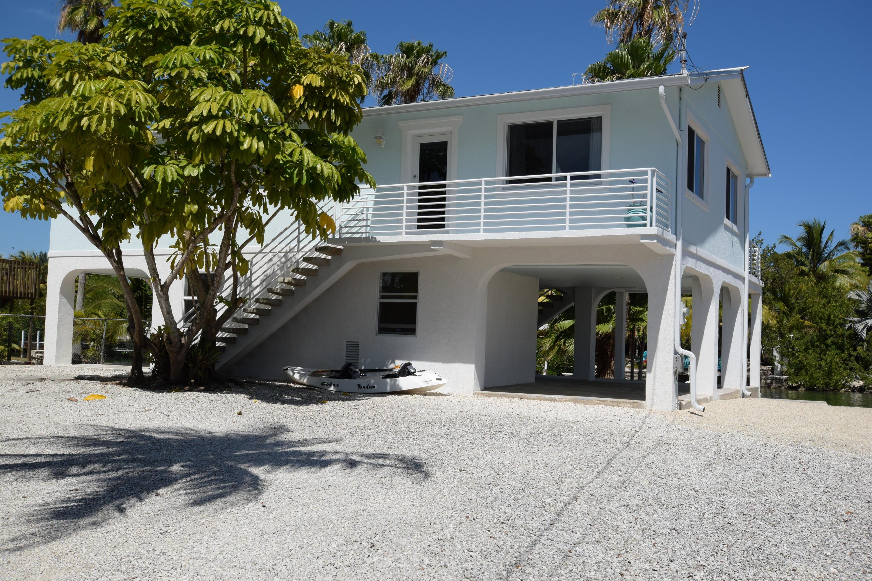 37 Bay Drive Property Photo 1