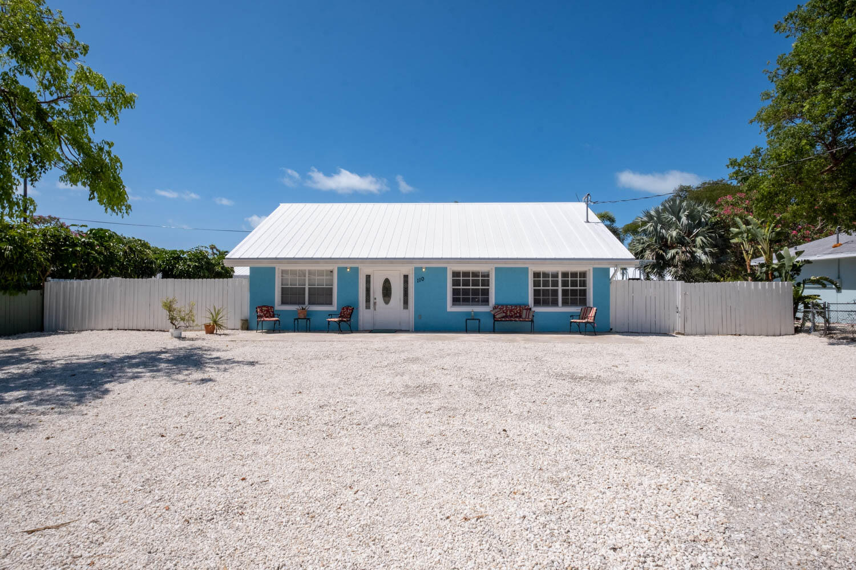 110 Plantation Shores Drive Property Photo 1
