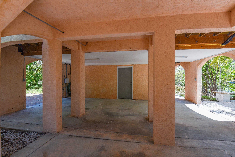 21095 Hamilton Avenue Property Photo 31