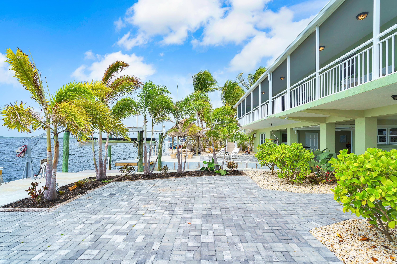 634 Island Drive Property Photo 1