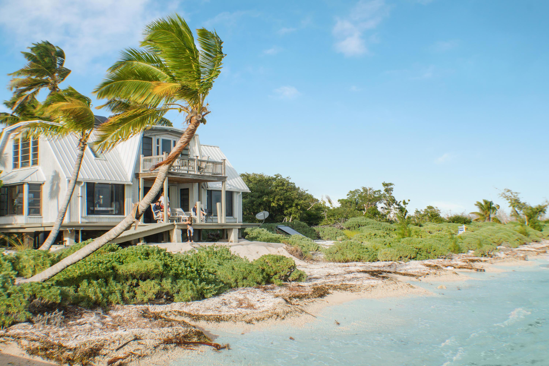 7w Cook Island Property Photo 1