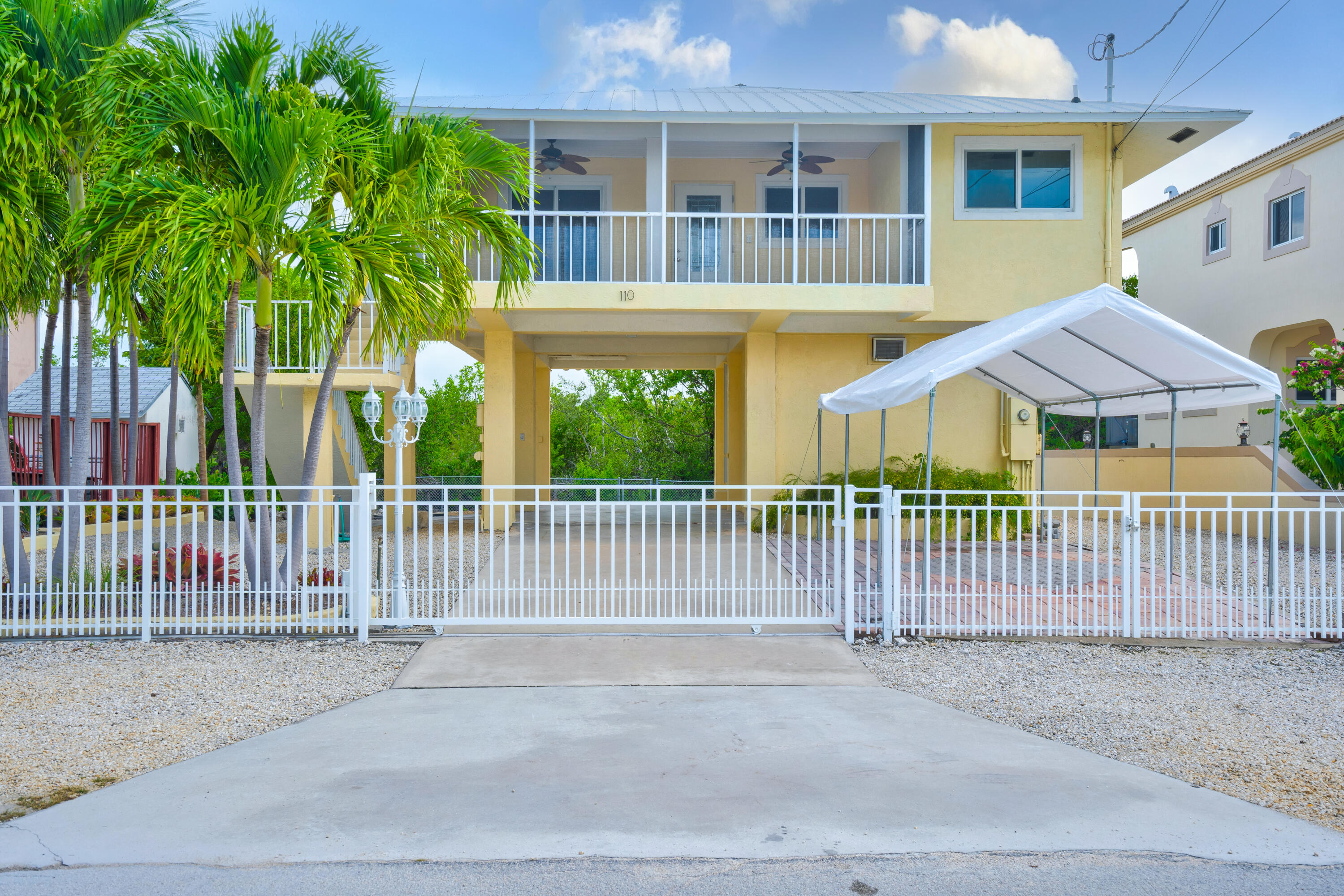 110 Ocean Shores Drive Property Photo 1