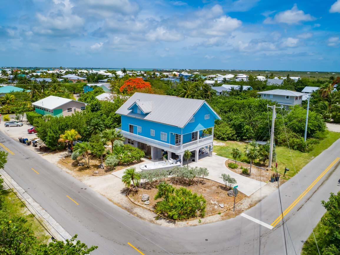 220 Sunset Road Property Photo 1
