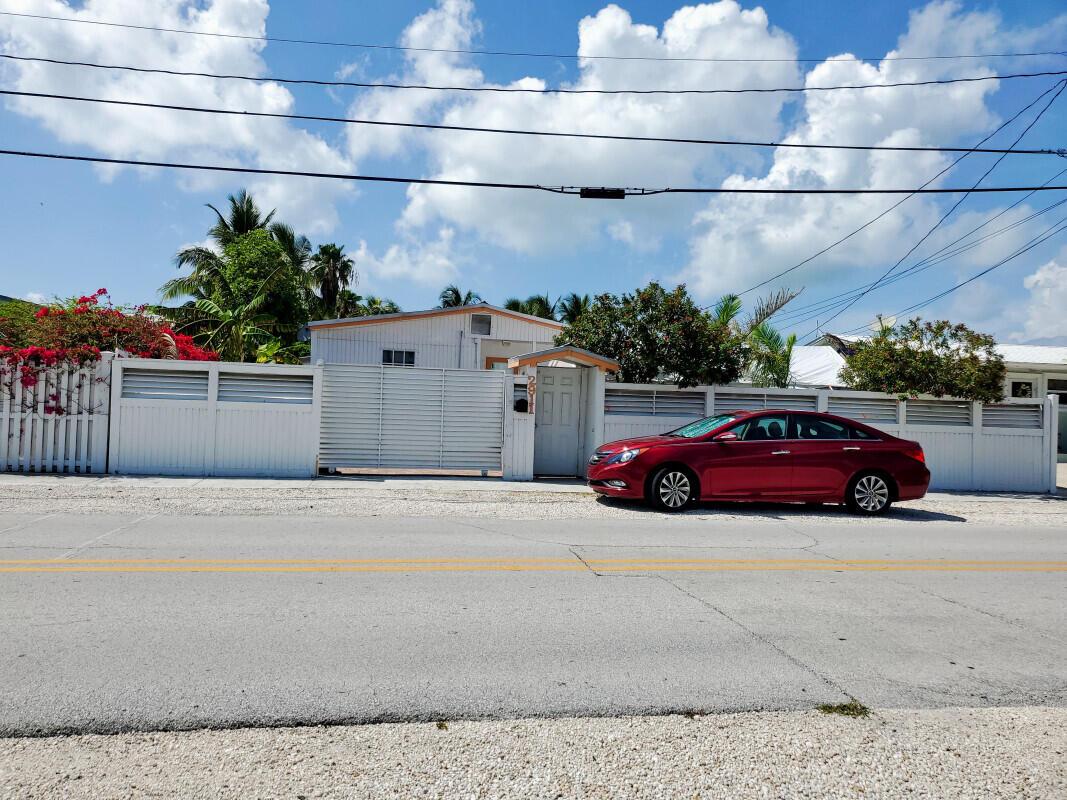 2911 Venetian Drive Property Photo
