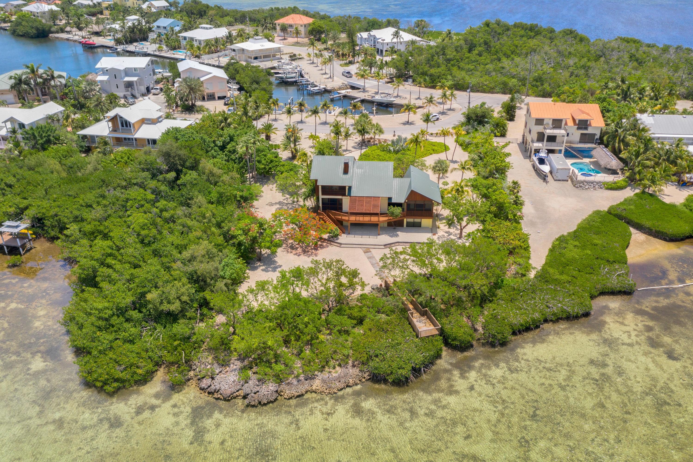 100 Pirates Cove Drive Property Photo 1