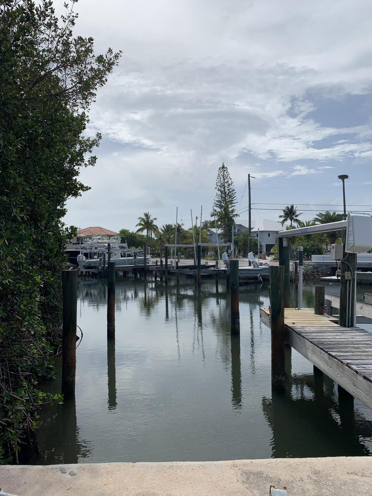 100 Pirates Cove Drive Property Photo 4