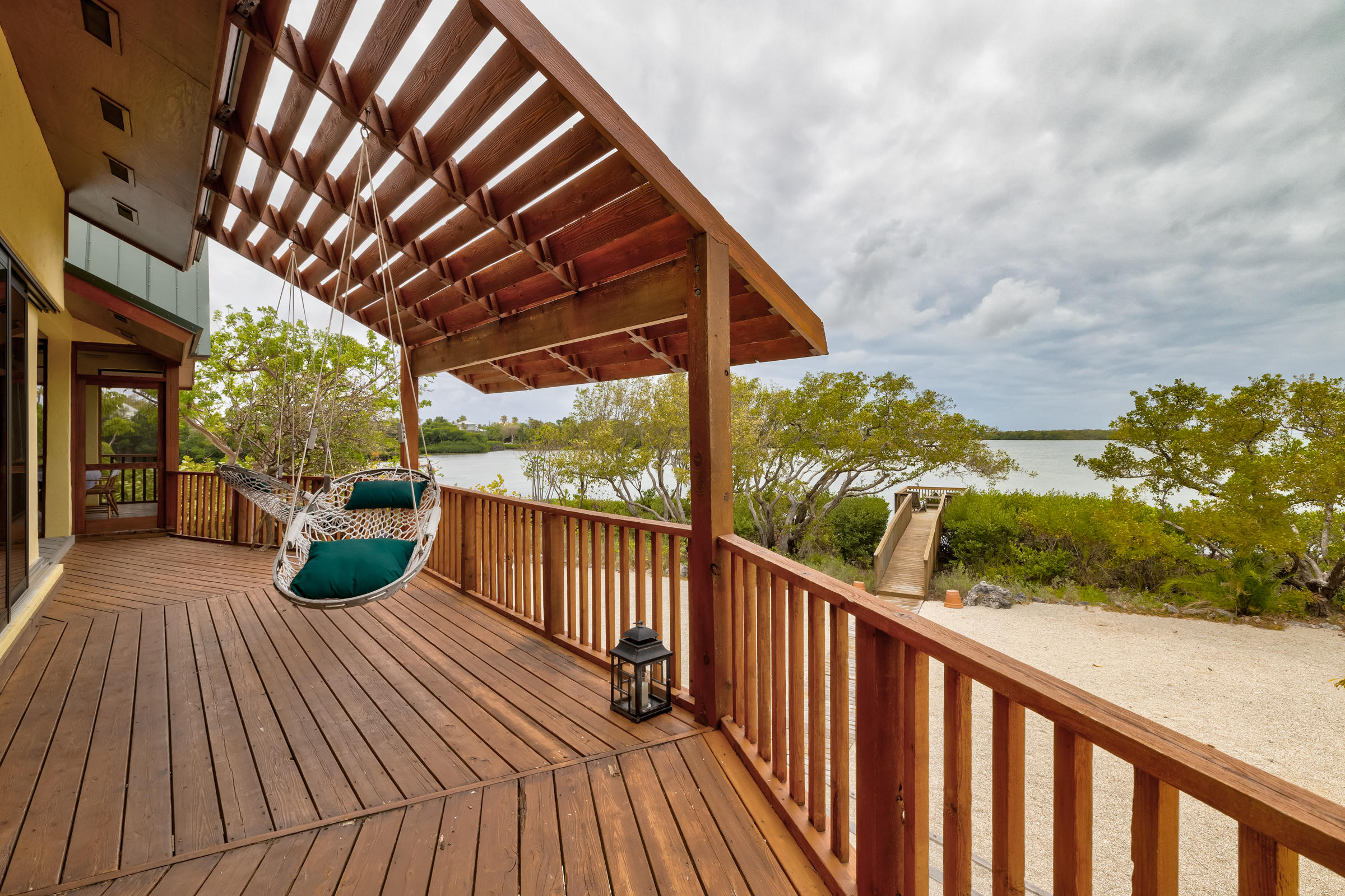 100 Pirates Cove Drive Property Photo 38