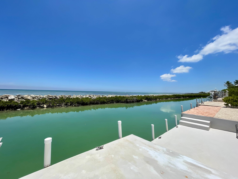 242 W Seaview Circle Property Photo 1