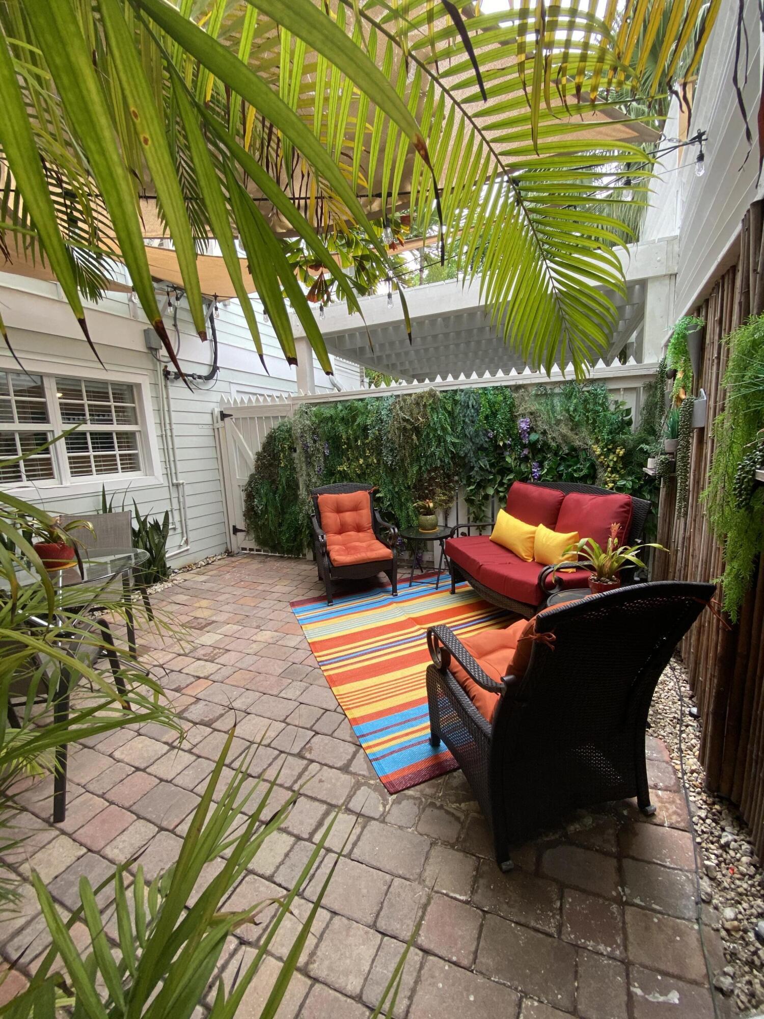 711 Georgia Street Property Photo 33