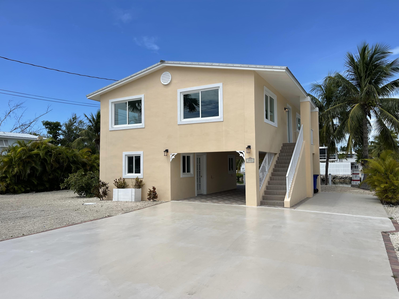 393 Palm Drive Property Photo 1