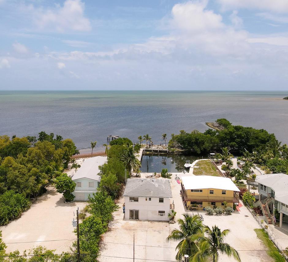 16 Seaside Avenue Property Photo 1