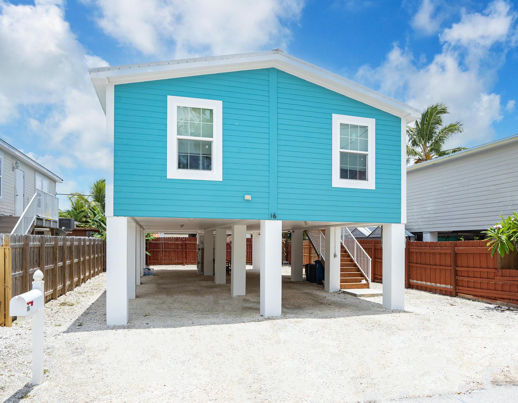 16 Pequena Lane Property Photo 1