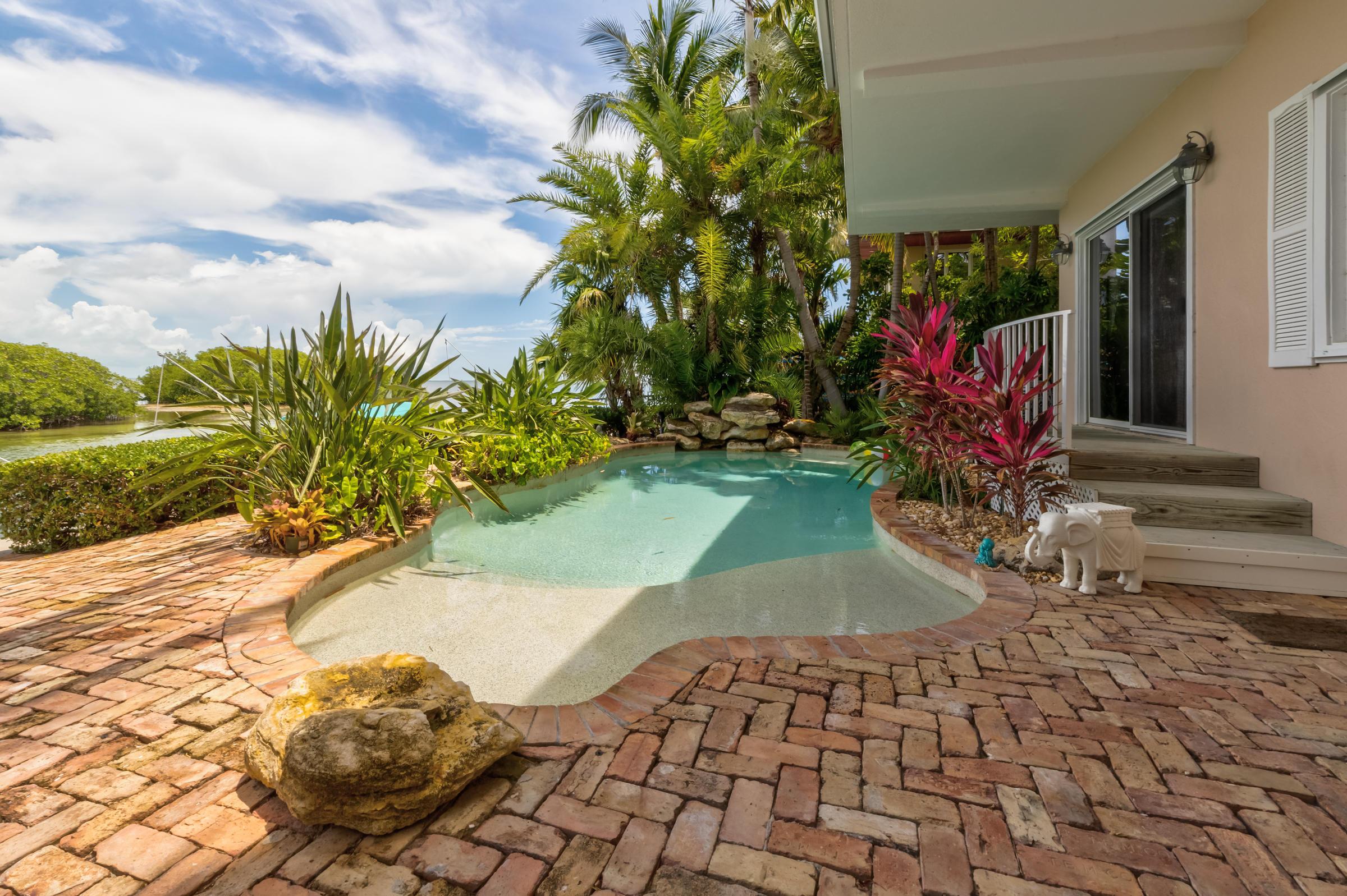 100 Bayview Isle Drive Property Photo 7