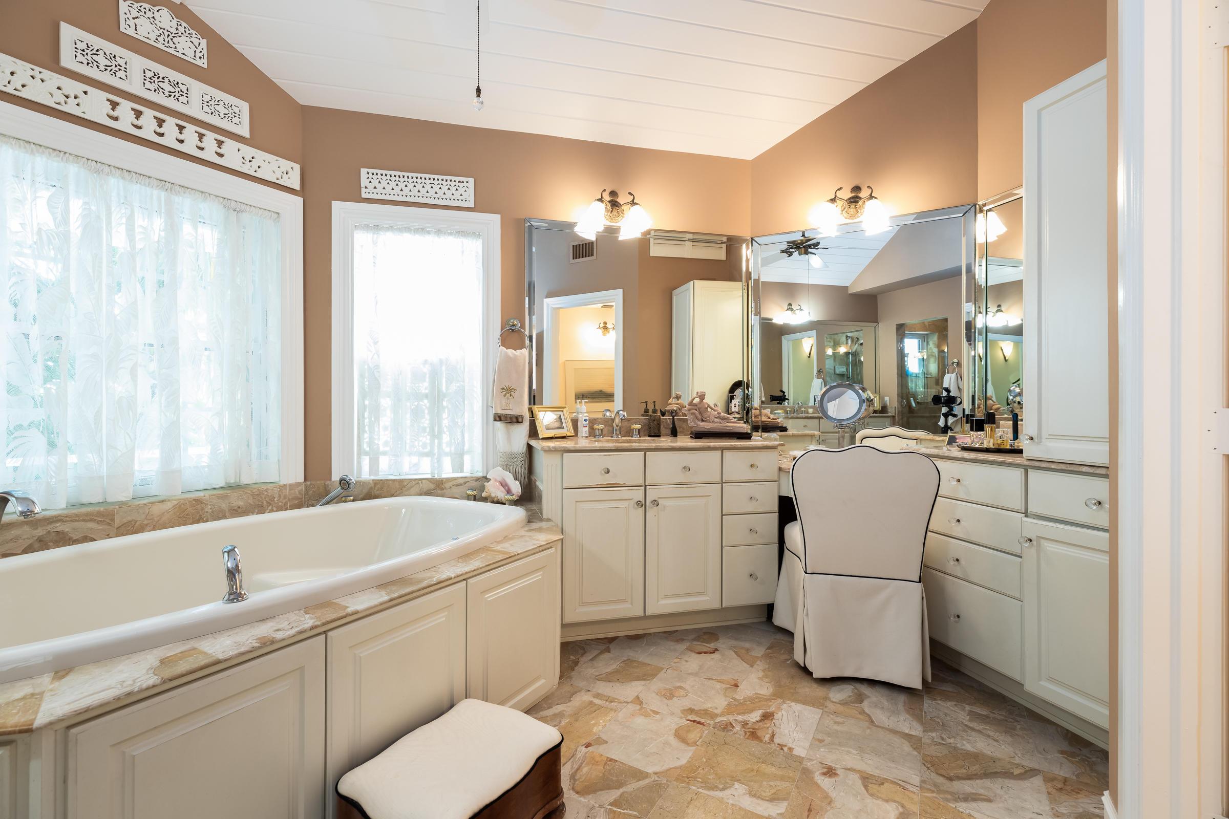 100 Bayview Isle Drive Property Photo 35