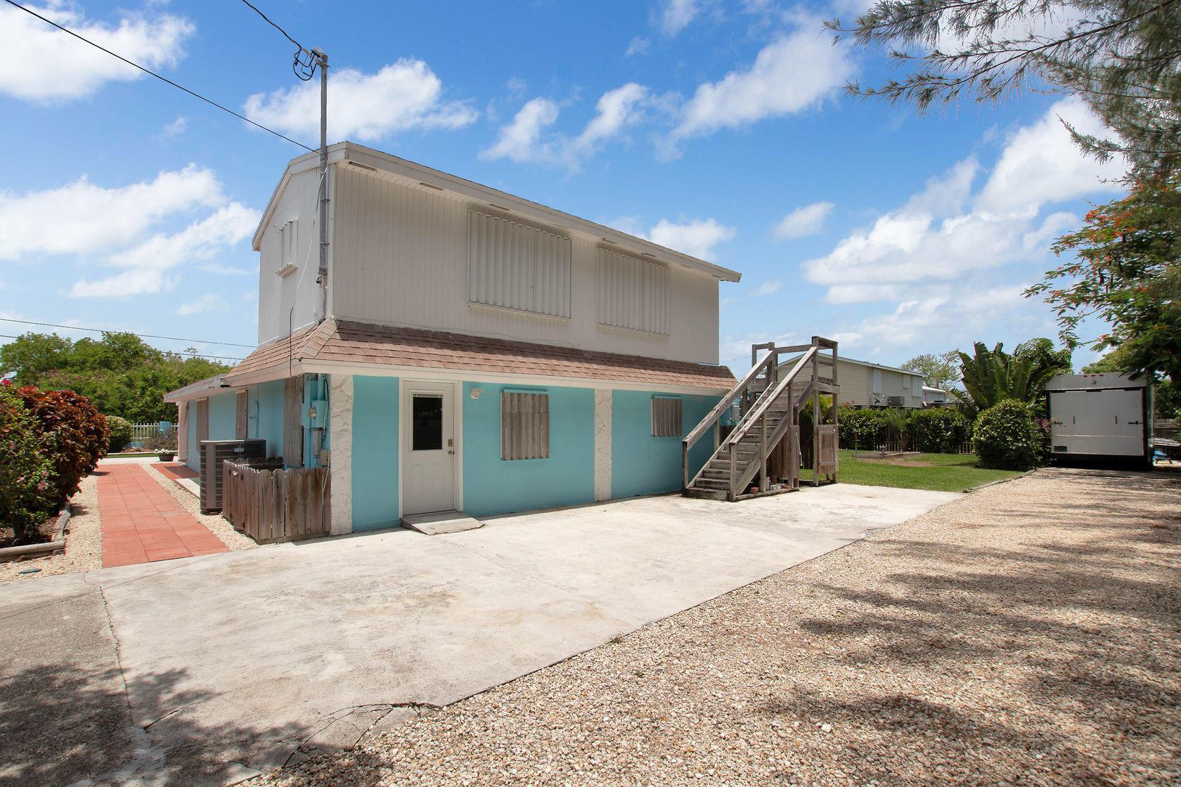 284 Orange Avenue Property Photo 24