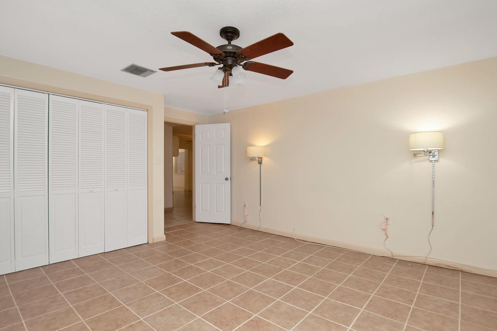 284 Orange Avenue Property Photo 40
