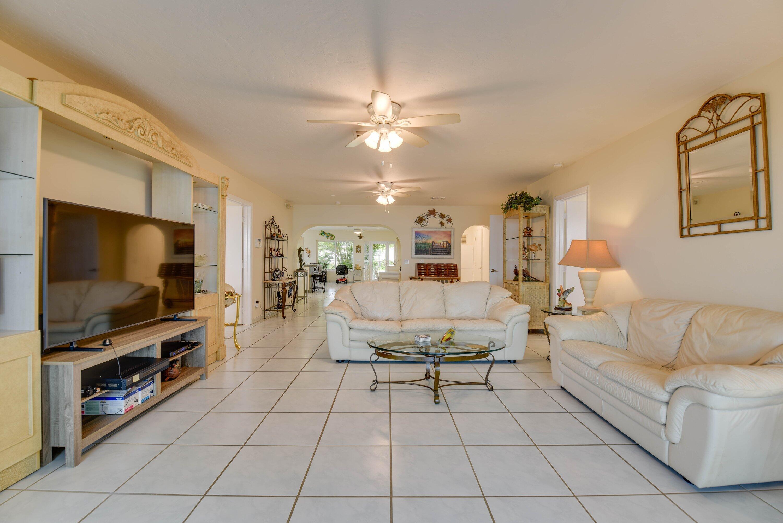25348 2nd Street Property Photo 14