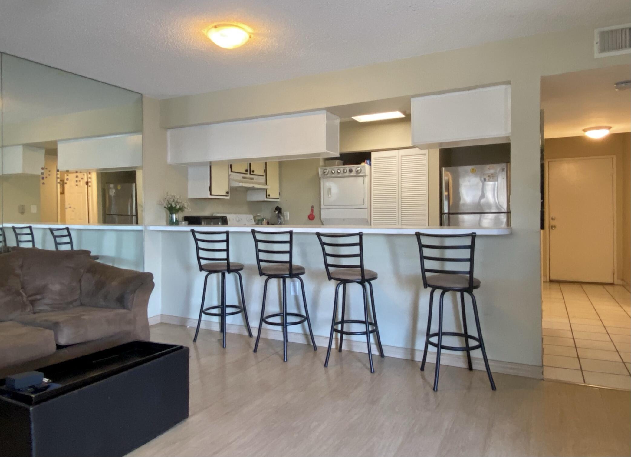 3930 S Roosevelt Boulevard #e102 Property Photo 1