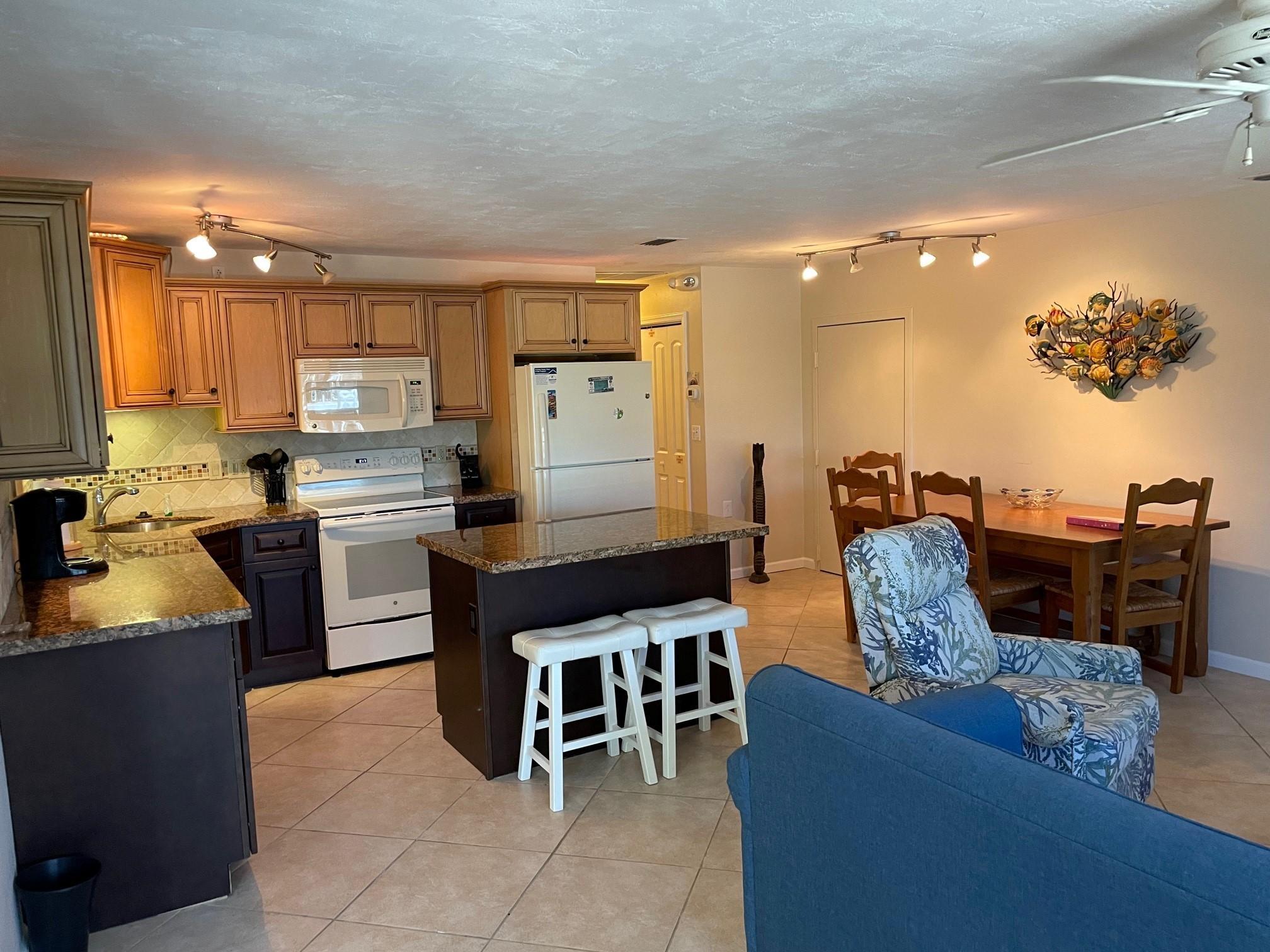 460 11th Street Property Photo 1