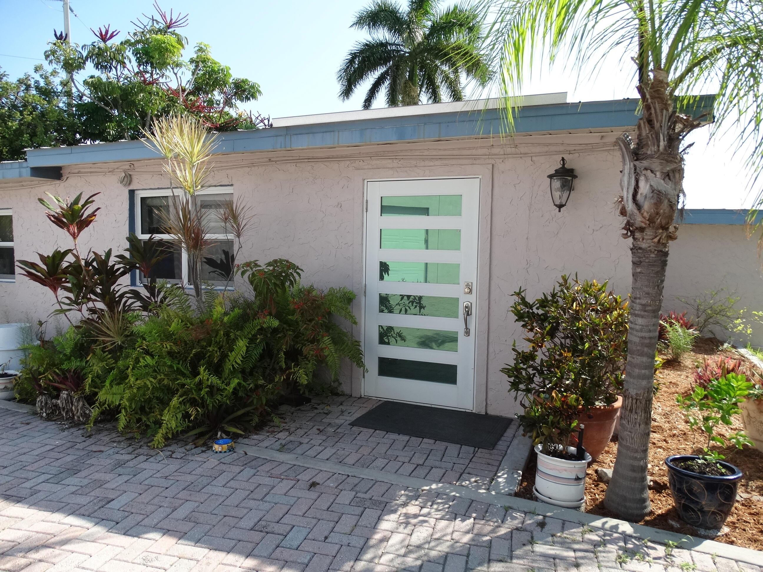 52 Beach Drive Property Photo 3