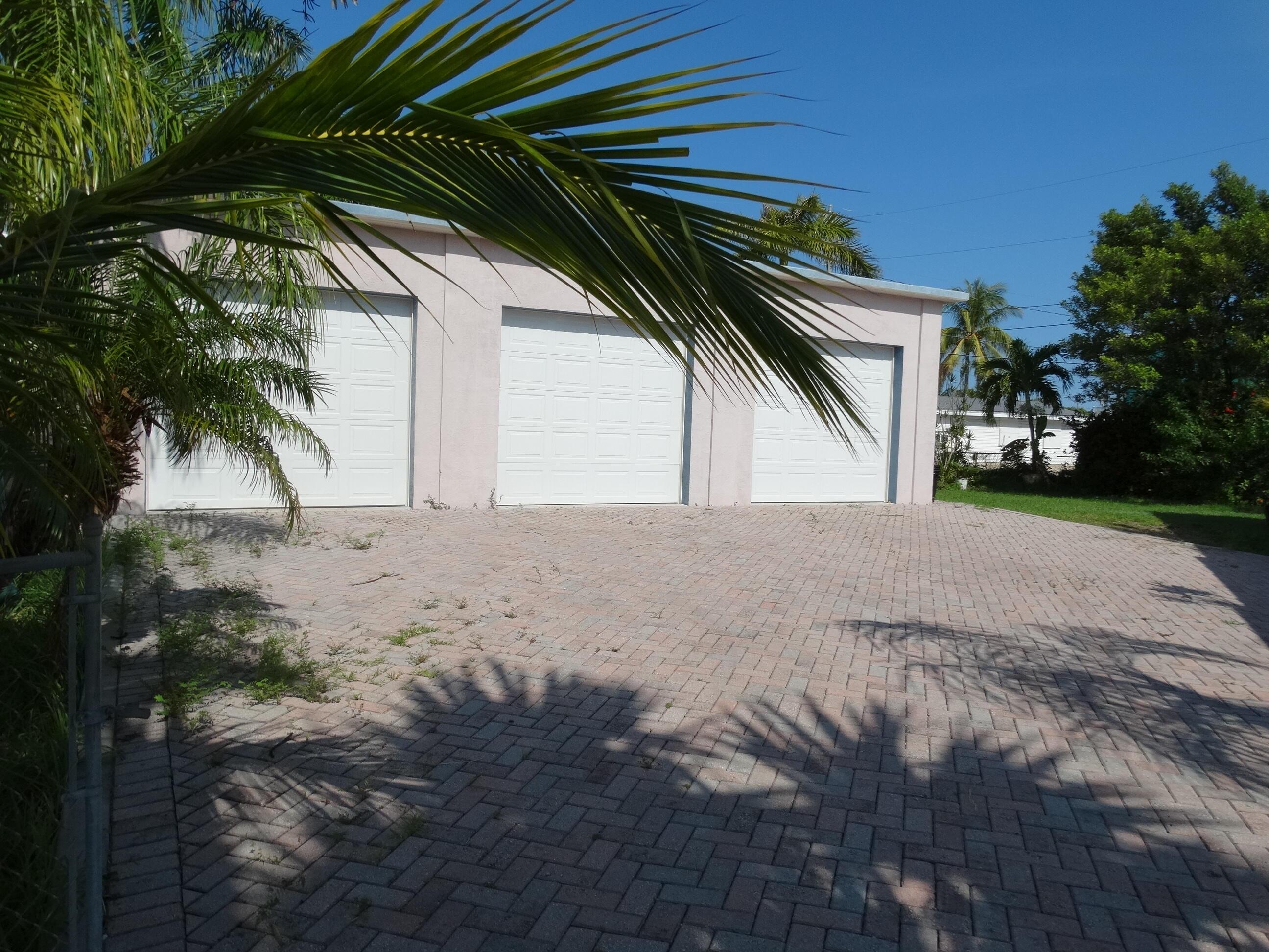 52 Beach Drive Property Photo 7