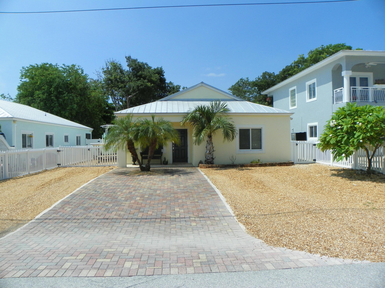 652 Cabrera Street Property Photo 1