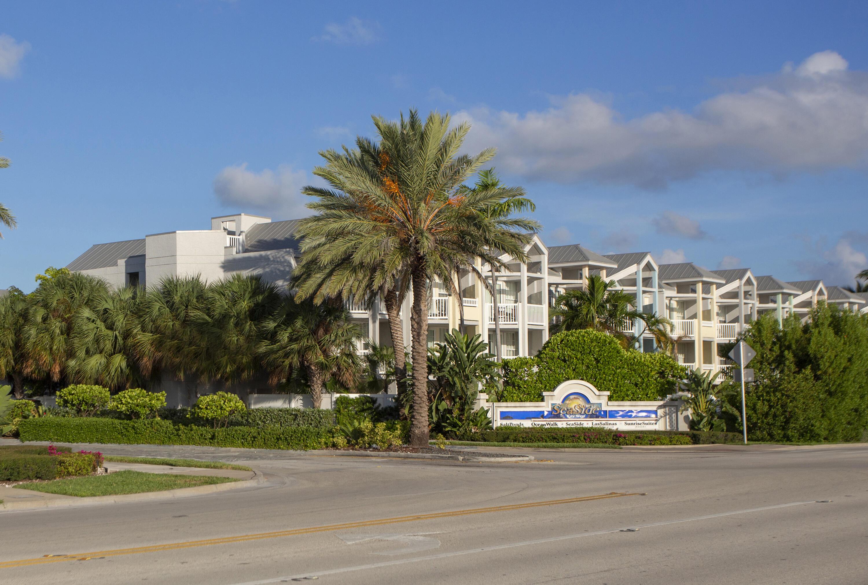 92 Seaside North Court Property Photo
