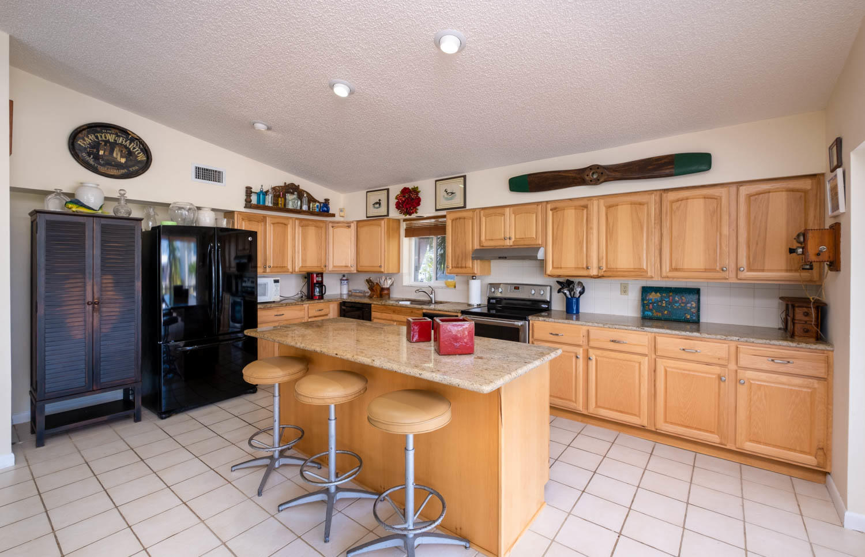 107 W Plaza Del Sol Property Photo 5