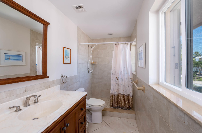 107 W Plaza Del Sol Property Photo 10