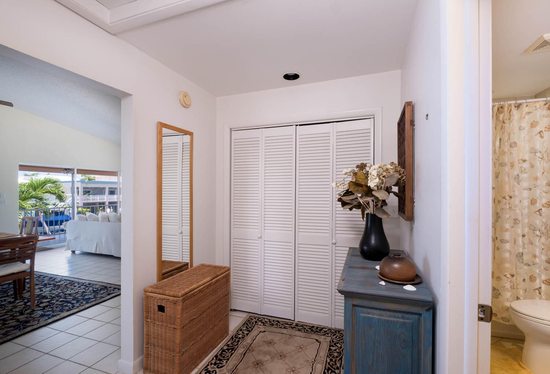 107 W Plaza Del Sol Property Photo 11